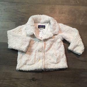 Patagonia Fuzzy White Coat